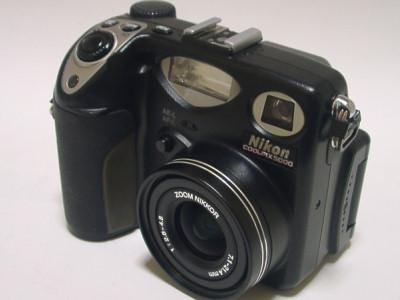 coolpix5000.jpg